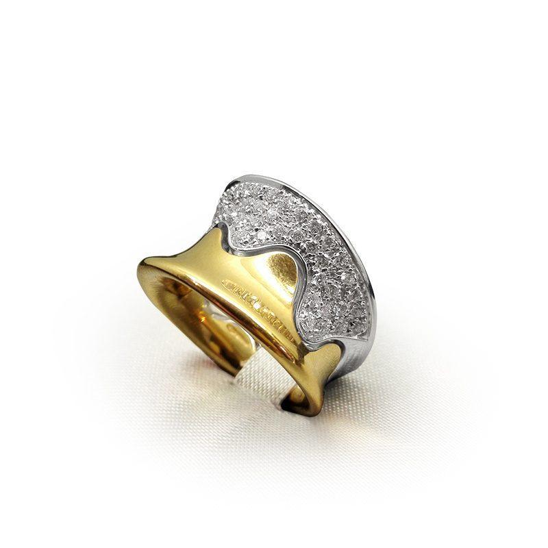 Fascia in oro giallo con diamanti