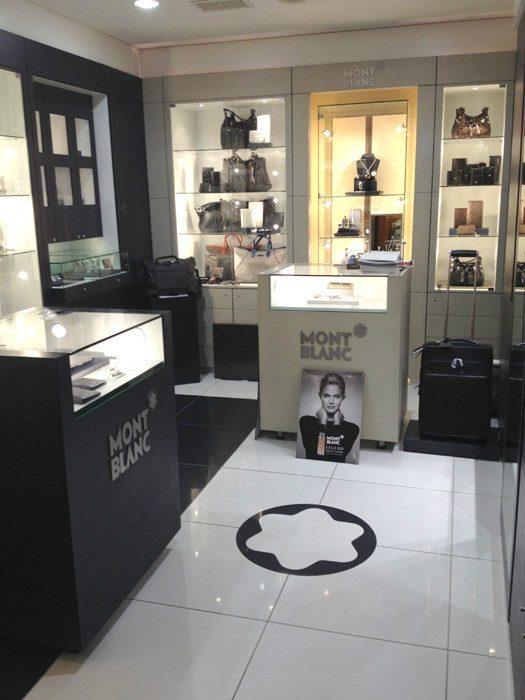 Shop in shop Montblanc